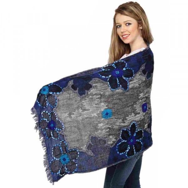 Sankam international Hand Embroidered Woollen Stole