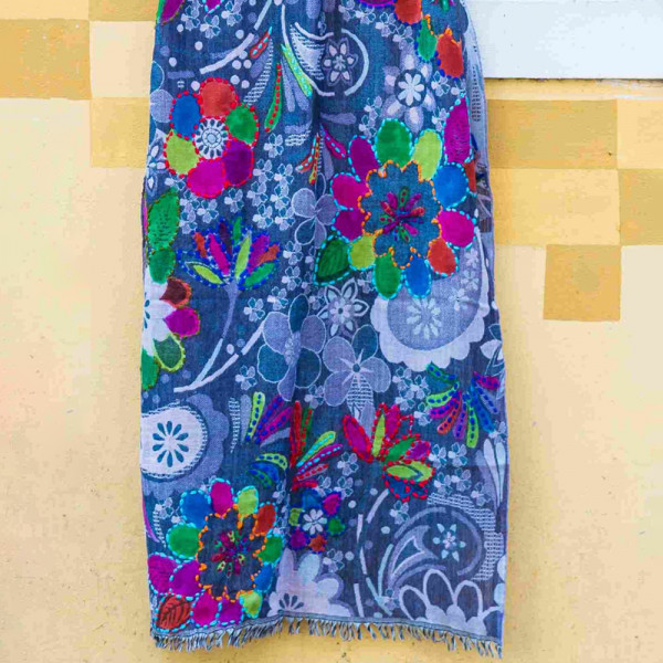 Sankam International Hand Painted and Embroidered Woollen Stole