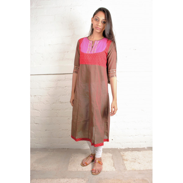 Sabala Handicrafts Shades of Red Hand Embroidered Kurta