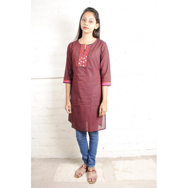 Sabala Handicrafts Red Striped Hand Embroidered Kurta