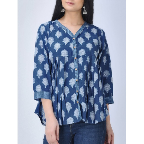 Aavran Women's Blue Cotton Top