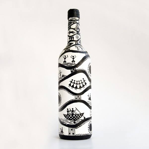 Art can b Bottle art flower vase black and white