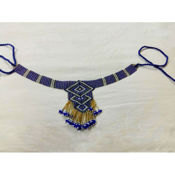 Beaded blue necklace