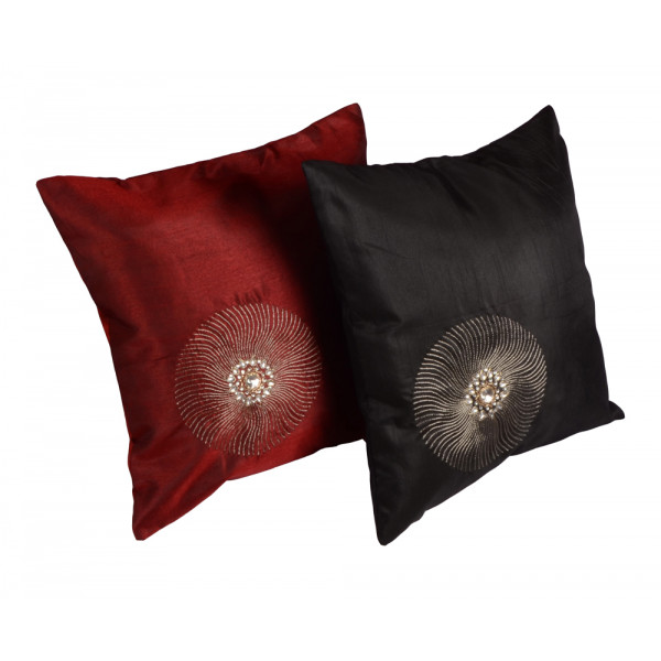 meSleep Hand Embroidery Cushion Cover ( Set of 2)