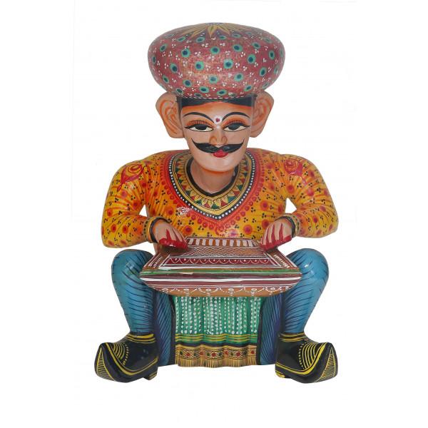 Bawla sitting with harmoni
