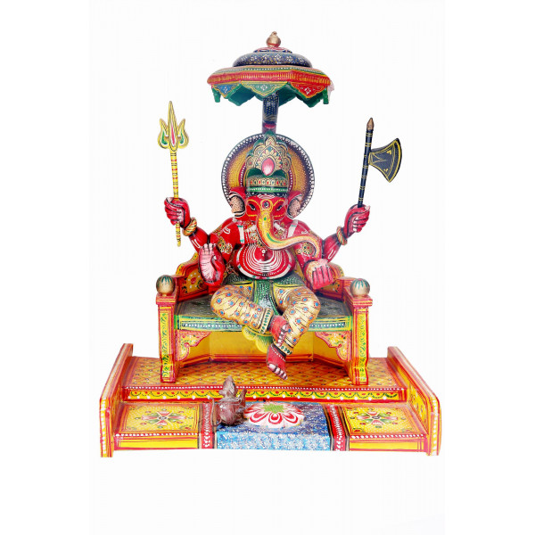 Ganesh ji sitting with chuha murti