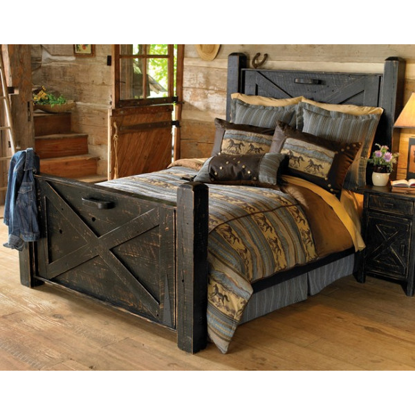 Rajshree Wooden Bed With Two Bedsides