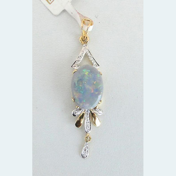14 K Solid Gold Opal & Diamond Stones Pendant Necklace