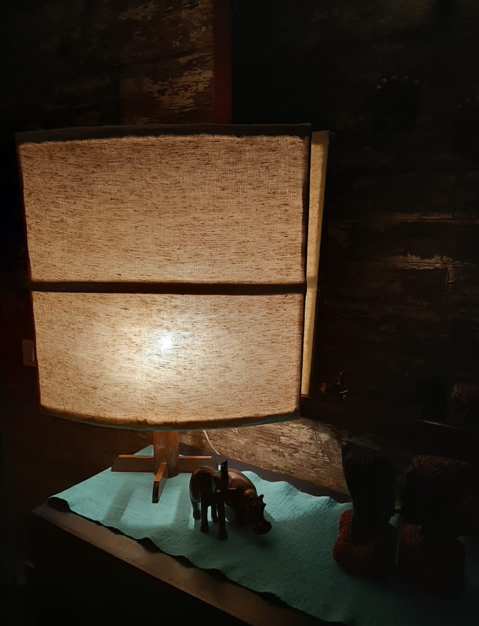 Oval console lamp