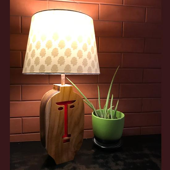 Figurine Table Lamp