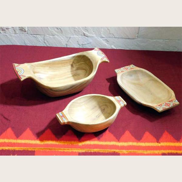 Akushmoni wood salad bowl- round