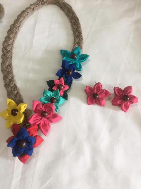 Colourful Flower Neckpiece with Earrings Set