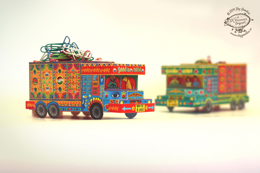 DIY 'Goodies Carrier' Truck container: Blue n Red design