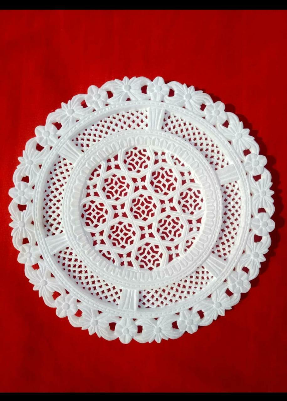 Decorative Artwork Plate (1 unit)