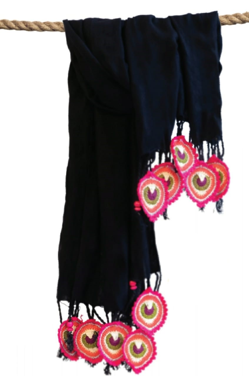 Happy Threads Trendy Stoles with Crochet Motifs (Black & Pink)