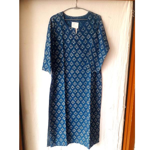 Indigo Blue Long Cotton Kurti In Dabu Print