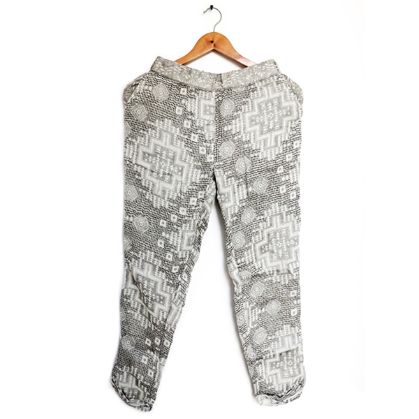 Kirgiti's ' Hand Woven Organic Cotton Off White Comfort Fit Pants