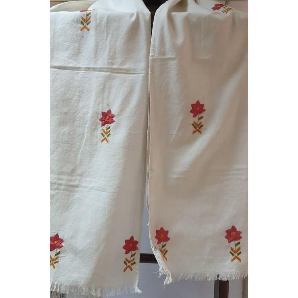 Nabha Phulkari hand embroidered offwhite cotton stole