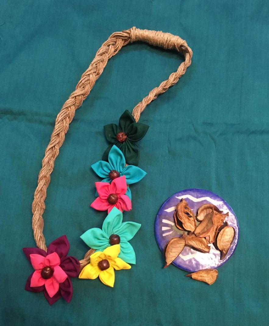 Assorted Flower Neckpiece