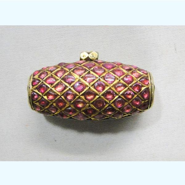 Vintage antique 20 carat Gold pendant necklace amulet madliya