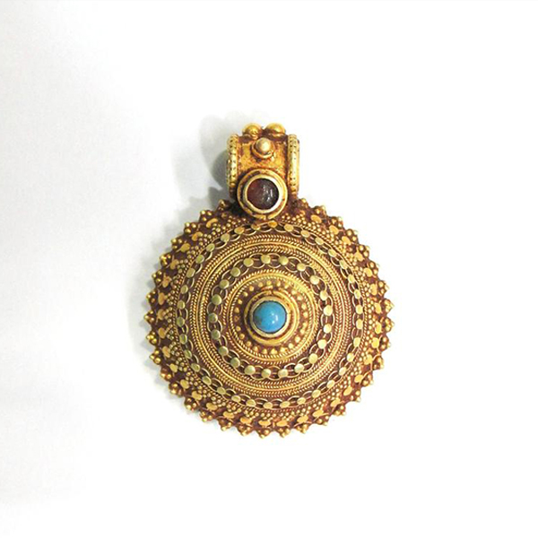 Vintage antique Handmade solid 20k Gold jewelry Pendant Amulet