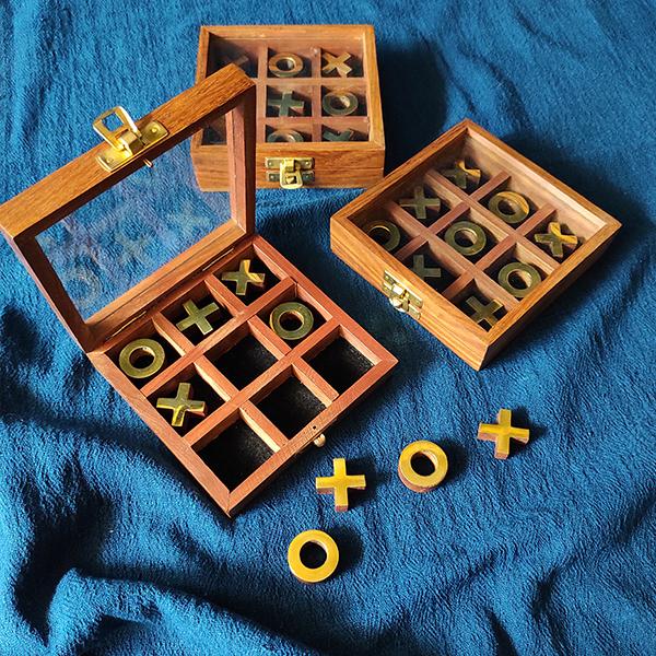 Wooden Tic Tac Toe Box