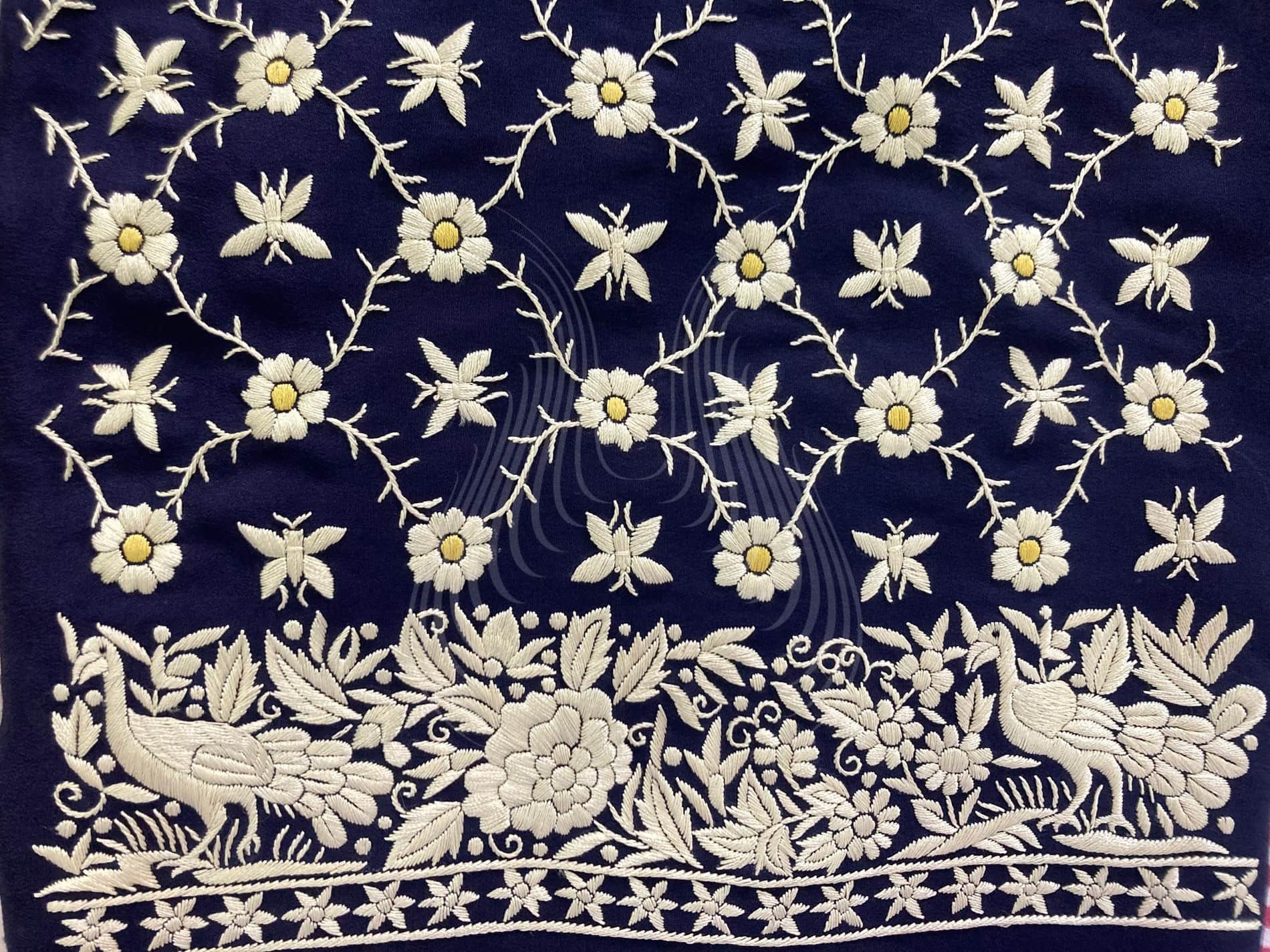 peacock motif with flower-butterfly trellis (G100)