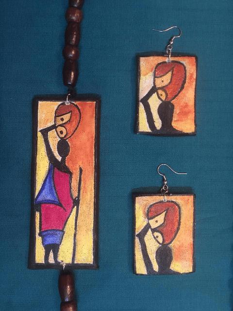 women shadow Side pendant with earrings set