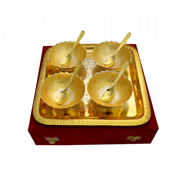 Sat Brass Novelties Set of Aluminium bowl with tray & spoon